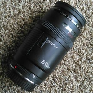 Canon 70-210mm zoom lens